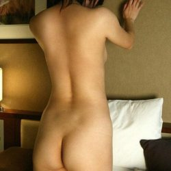 団地の人妻奥さんが卑猥なお尻と太ももを見せつけてくる画像で、特にエロいの集めました[13枚]