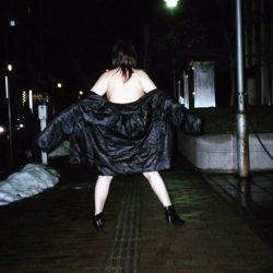 普段のままの主婦が路上でナマ露出してる画像が過激すぎww[25枚]