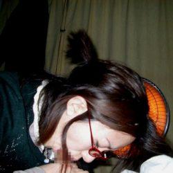 33歳アラサー奥さんが勃起チンコしゃぶる画像を今晩のオカズにww[14枚]