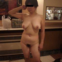 40代のおばさん熟女がヌード姿になった画像がめちゃシコ[15枚]