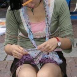 20代団地妻が油断して下着がみえてる画像で今からオナニーしてくる[15枚]