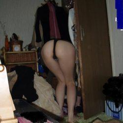 若い近所の若奥さんがエロい姿になった画像、一番エロいのはコレ[15枚]