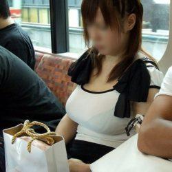 32歳アラサー人妻が服を着たままで淫乱な姿になった画像が欲しいんだが[15枚]