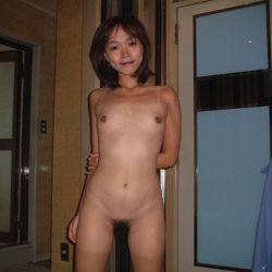 昭和世代のオバサン熟女がヘンタイ露出してる画像まとめ[25枚]