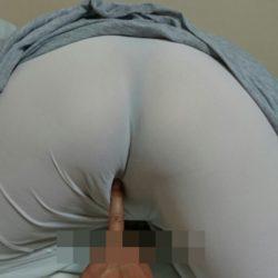 四十路の素人おばさんが汚い尻ヌードを晒してる画像が勃起不可避ww[26枚]