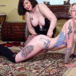 刺青&タトゥーが入った女の子がエロさ強調してる画像集めてみた[40枚]