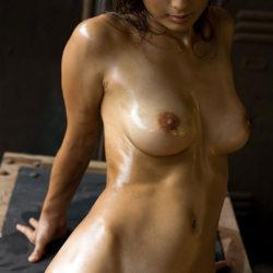 ぷるぷるオッパイの柔らかそうな乳のお嫁さんがエロエロになった画像から目が離せない[45枚]
