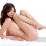 パフパフ美乳の奥さんが全裸でSEXYになった画像って、結構ヌケるんだよな[33枚]