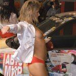 イベコンモデルがモーターショーで卑猥なボディを見せてくれる画像まとめ[8枚]