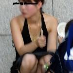 20代の新妻がパンティ見えちゃってる画像でシコシコしましょう[15枚]